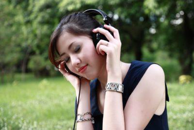 binaurale beats hören, entspannung